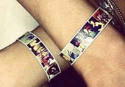 Picture Bracelet from WearShare FREE Friendship Picture Bracelet From WearShare